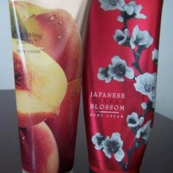 REVIEW: Bath and Body Works Pleasures – Sparkling Peach and Japanese Cherry Blossom
