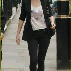 Gwyneth Paltrow and her gladiator sandals